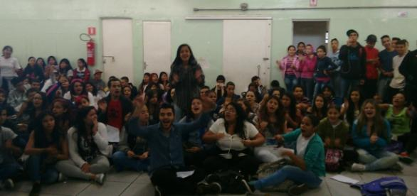 Alunos da Escola Estadual João Kopke em protesto