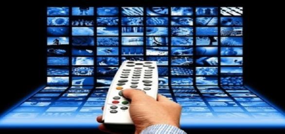 Programmi Tv venerdì 30 ottobre 2015