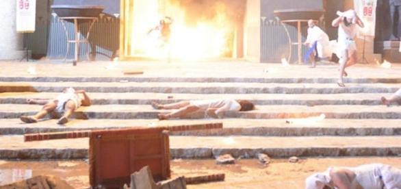 Bola de fogo causa estragos no reino