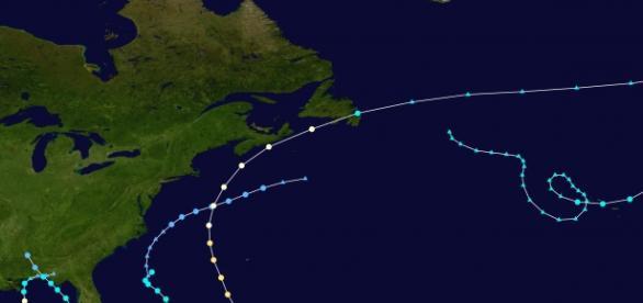 El huracán Joaquín se dirige hacia el Atlántico