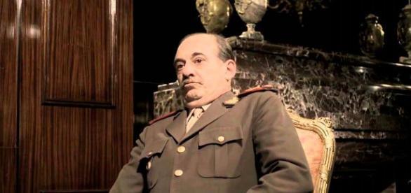 Alejandro Awada en la piel de Videla