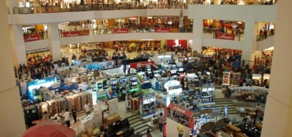 Área de vendas abre vagas de emprego temporário