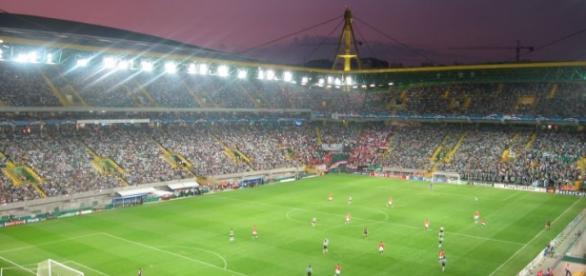 Sporting recebe esta noite o Estoril em Alvalade.