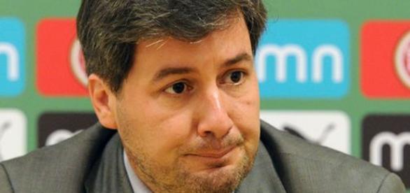 Bruno de Carvalho em conferência de imprensa.