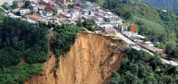 Deslizamento de terra ocorrido na Guatemala!