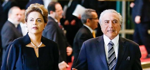 Dilma Rousseff ao lado de Michel Temer
