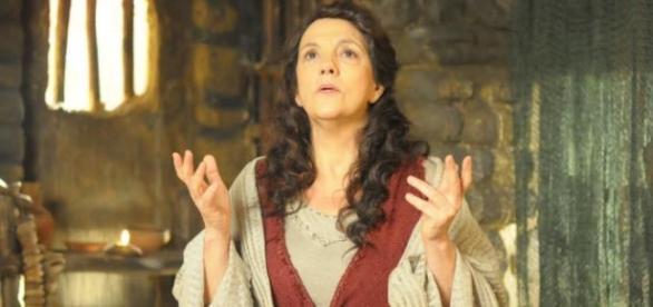 O rei pretende matar a mãe de Moisés
