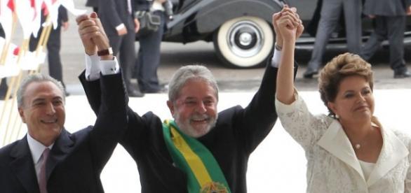 Lula assume a presidência por meio de prepostos