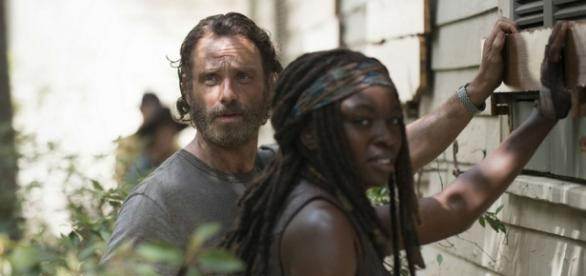 Rick e Michonne in The Walking Dead 5 episodio 7