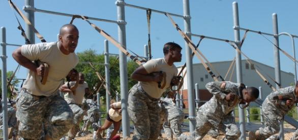 Soldados deEEUU entrenando con el TRX