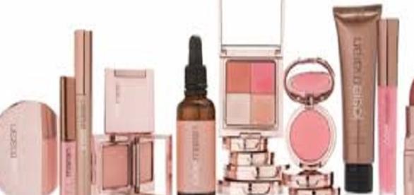 legge su cosmetici ed ecomarchio