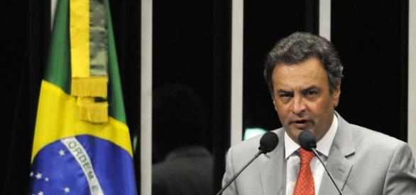 Senador Aécio Neves em Plenário do Senado Federal