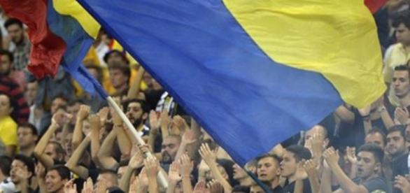 Suporteri în tribune pentru România foto frf.ro