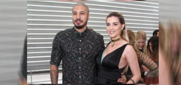 Aline e Fernando estão esperando o primeiro filho