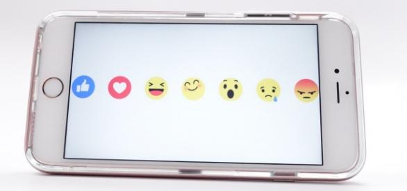 facebook emoticons reactions like