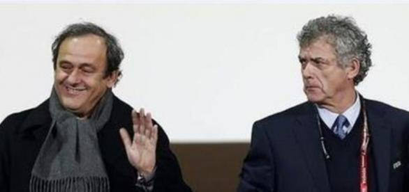 Villar y Platini juntos en el palco