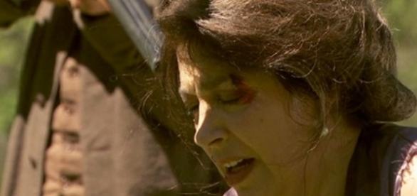 Francisca sul punto di essere uccisa