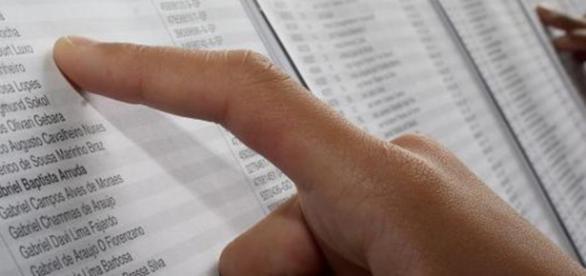 Lei para critério de desempate baseado na renda.