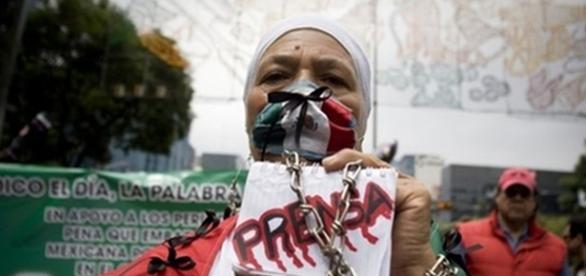 Manifestación en apoyo a periodistas. Foto Ivan C.