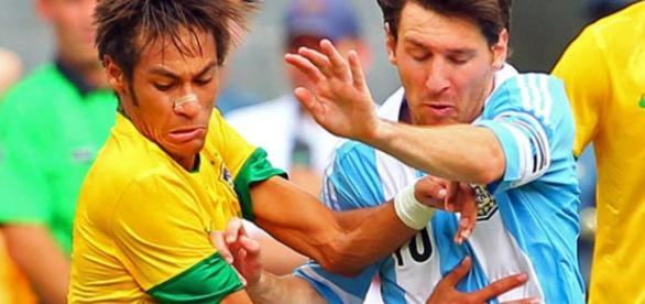 Neymar e Messi, duelo dos titãs do futebol