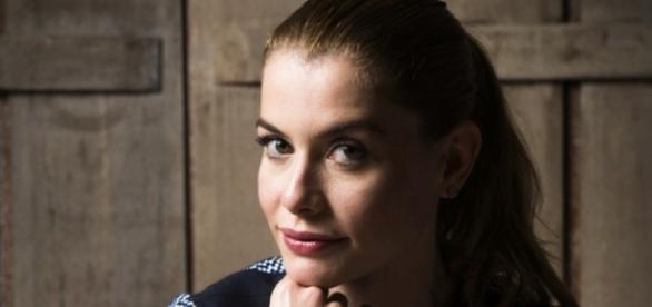Alinne Moraes é a atriz mais desejada da Globo