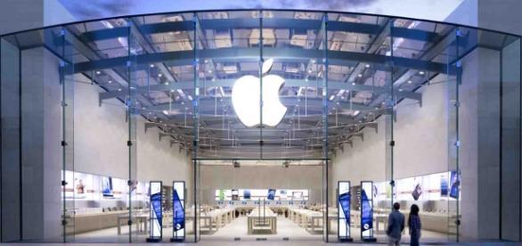 Jovens expulsos de loja da Apple