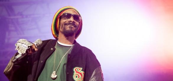 Snoop Dogg lança sua própria linha de maconha