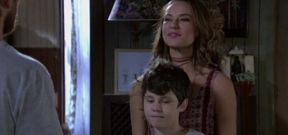 Alex será usado por Melissa para chantagear Felipe