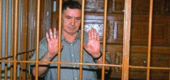 Mafia, il boss Totò Riina in carcere