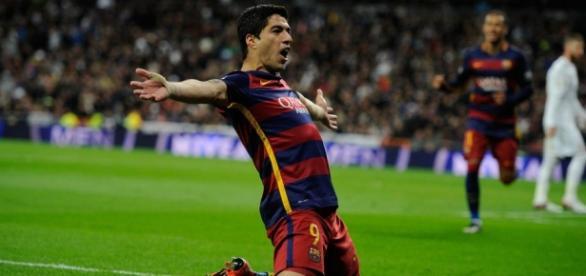 """El """"pistolero"""" del gol Luis Suárez"""