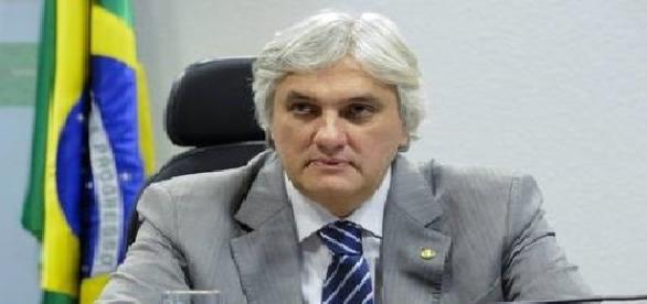 O senador e Líder do Governo Delcídio do Amaral.