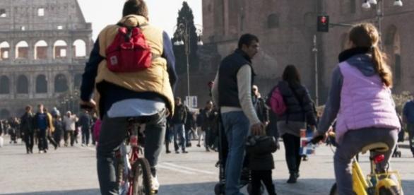 Stop auto Roma: domenica 15 novembre 2015
