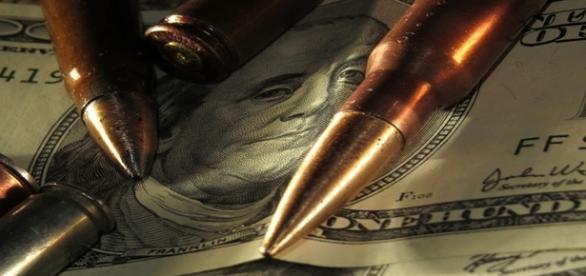 La venta de armas continúa en auge