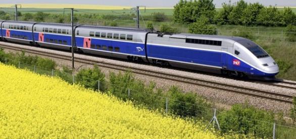 Un TGV como el que ha descarrilado hoy
