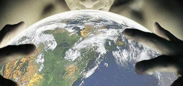 Omenirea este controlată din umbră