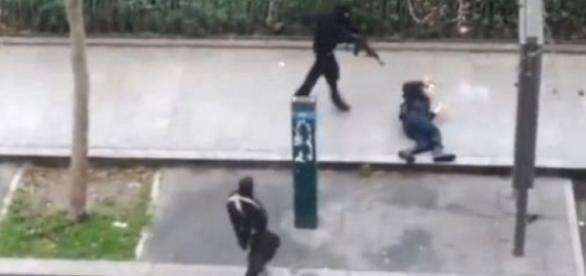 Schimb de focuri intre politie si teroristi