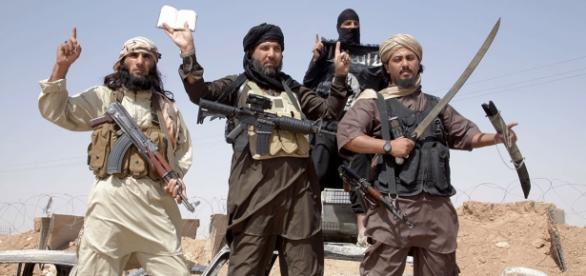 ISIS râde de bombardamentul Franței