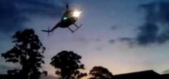 Thiago Servo invade 'A Fazenda 8' de helicóptero
