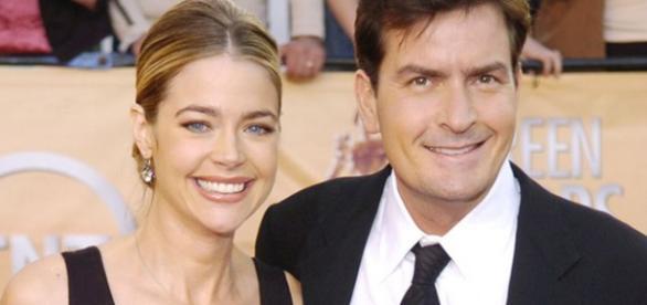 Ex-mulher de Charlie Sheen sabia que ele tem Aids