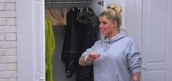 Big Brother-Kandidatin Sharon schießt sich ins Aus