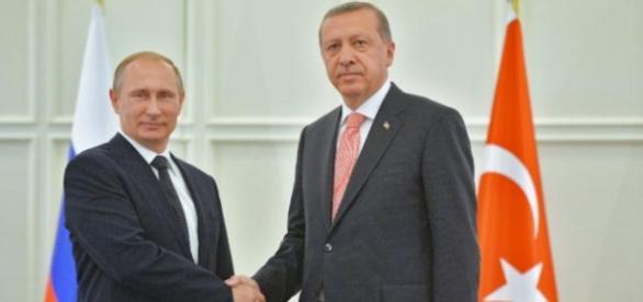 Presidentes Vladimir Putin, y Erdogan.