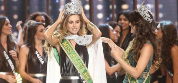 Marthina Brandt é a Miss Brasil 2015