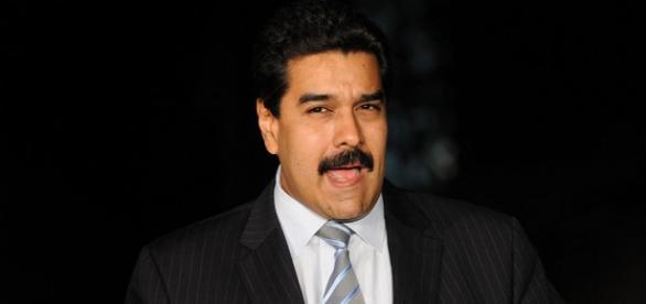 Maduro hablando en un discurso