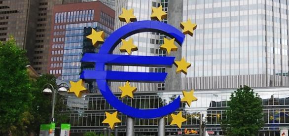 Vagas na Europa. Foto: Eric Chan/Wikimedia.