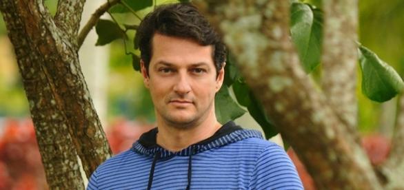 Marcelo Serrado é Cadu em 'Velho Chico'