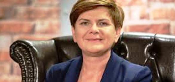 Beata Szydło odpowiada na pytania internautów