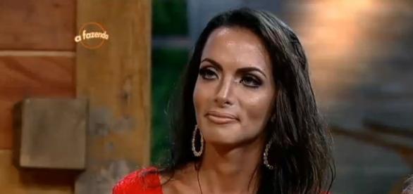 Carla Prata diz que brasileiro é barraqueiro
