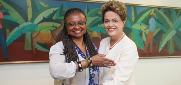 Dilma comenta sobre Dia da Consciência Negra