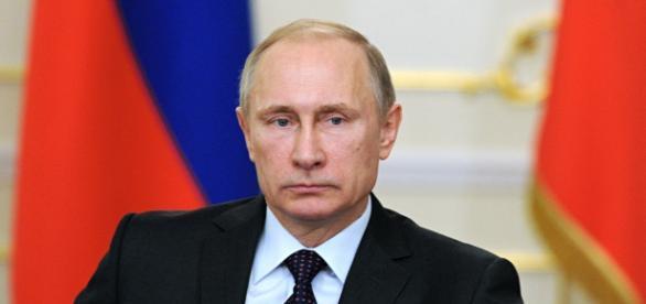 Vladimir Putin prometeu acabar com o EI