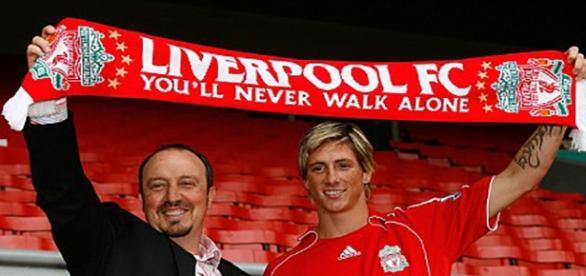 Rafa Benítez y Fernando Torres, en el Liverpool